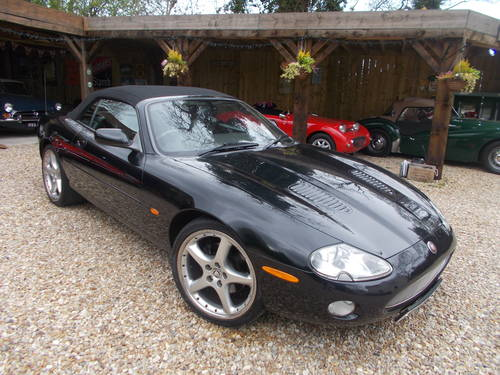 2001 Jaguar XKR Supercharger  WILL SWAP FOR CLASSIC VEHICLE OR JU For Sale (picture 2 of 5)