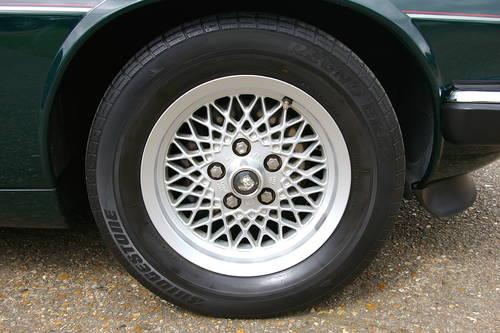 1992 Jaguar XJS 4.0 Automatic Coupe (33,826 miles) SOLD (picture 5 of 6)