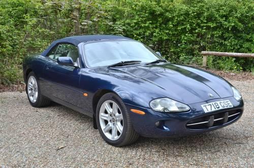 1999 Sapphire Blue Metallic Jaguar XK8 Convertible. 4.0L V8. SOLD (picture 2 of 6)
