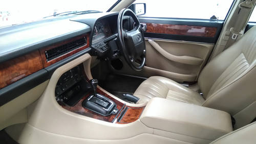 1993 Jaguar XJ40 XJ6 in immaculate cond' DEPOSIT TAKEN SOLD (picture 6 of 6)