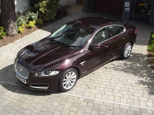 2012 MY JAGUAR XF 2.2 LUXURY D AUTO TIP DIESEL SALOON SOLD (picture 2 of 6)
