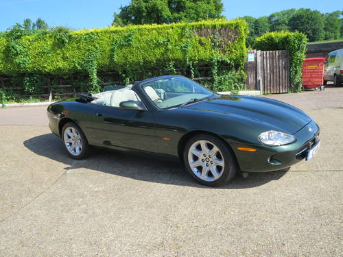 1997 Jaguar XK8 Convertible SOLD (picture 2 of 6)