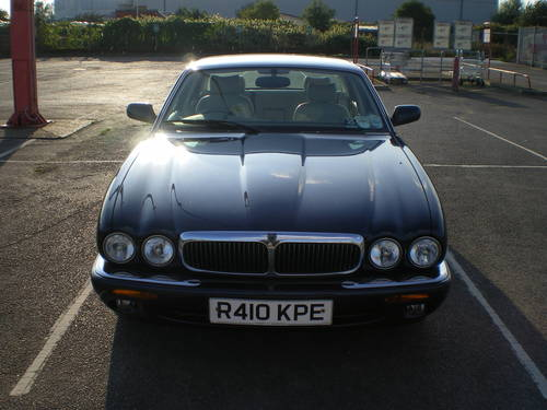 Jaguar XJ8 3.2 1998 £999 For Sale (picture 1 of 5)