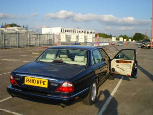 Jaguar XJ8 3.2 1998 £999 For Sale (picture 2 of 5)