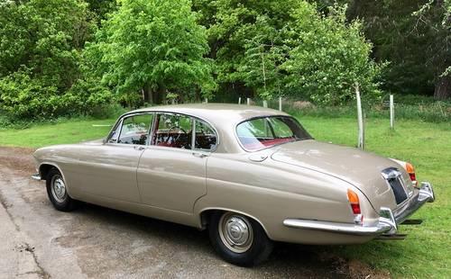 1966 '66 Jaguar MkX - £65k Restoration - Wonderful Example SOLD (picture 2 of 6)