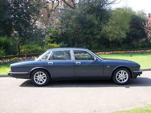 1989 Jaguar Sovereign XJ40 4.0 Auto For Sale (picture 2 of 6)