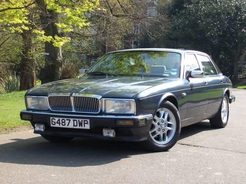 1989 Jaguar Sovereign XJ40 4.0 Auto For Sale (picture 3 of 6)