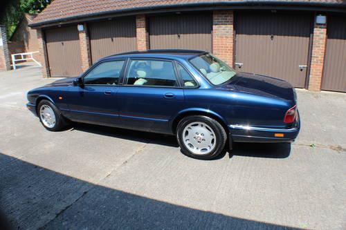 Jaguar XJ6 4.0 SPORT 1997 AJ16 Switchable AUTO 100+ pics For Sale (picture 2 of 6)