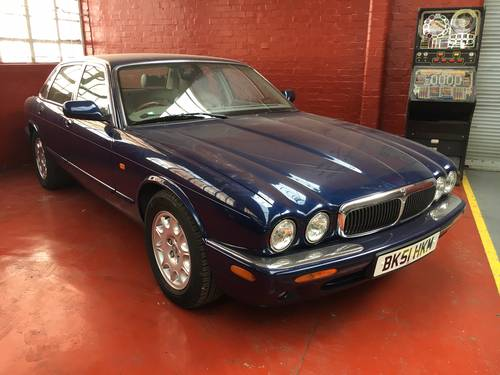 Jaguar XJ8 3.2 V8 SWB Auto 76k with FSH 2001 For Sale (picture 1 of 6)