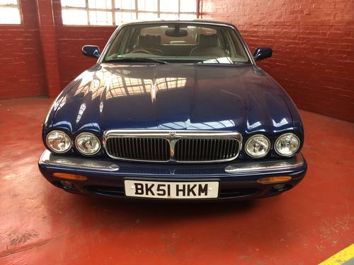 Jaguar XJ8 3.2 V8 SWB Auto 76k with FSH 2001 For Sale (picture 2 of 6)
