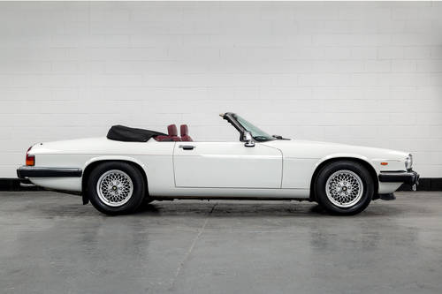 1989 Jaguar XJ-S V12 Convertible Auto- Only 16000 Miles SOLD (picture 2 of 6)