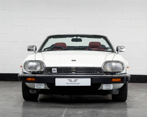 1989 Jaguar XJ-S V12 Convertible Auto- Only 16000 Miles SOLD (picture 3 of 6)