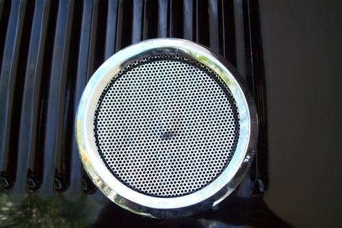 JAGUAR E TYPE  3.8 EARLY 1961  SPEAKER GRILL/S  For Sale (picture 1 of 6)