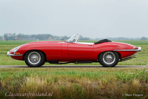 JAGUAR E-TYPE SERIES 1 3.8 OTS ROADSTER, 1964 - TOP RESTORED For Sale (picture 2 of 6)