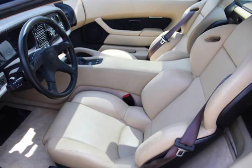 1994 Jaguar XJ220 (LHD) SOLD (picture 5 of 6)