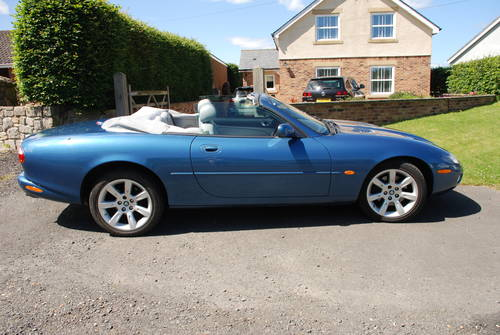 2003 JAGUAR XK8 CONVERTABLE For Sale (picture 2 of 6)