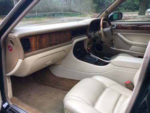 1997 Jaguar XJ6 3.2  'Sovereign Specification' Executive AJ16 Eng For Sale (picture 4 of 6)