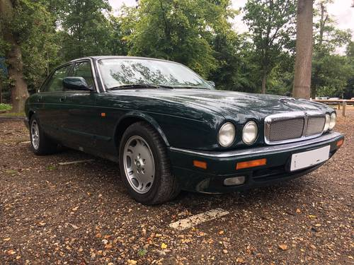 1997 Jaguar XJ6 3.2  'Sovereign Specification' Executive AJ16 Eng For Sale (picture 1 of 6)