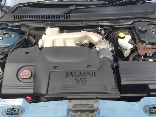 2001 Jaguar X Type 4x4 one owner 20,000 miles SOLD (picture 5 of 6)