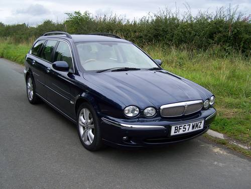 2007 EXCELLENT JAGUAR X-TYPE 2.2D SOVEREIGN ESTATE SATNAV LEATHER SOLD (picture 3 of 6)