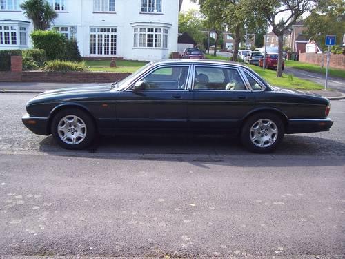 2000 JAGUAR SOVEREIGN V8 4.0 For Sale (picture 2 of 6)