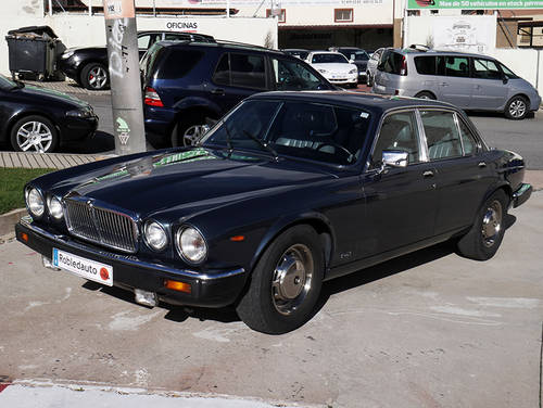 1985 Jaguar XJ12 Sovereign 5.3 HE For Sale (picture 1 of 6)
