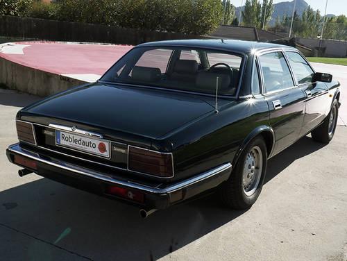 1985 Jaguar XJ 3.2 Sovereign For Sale (picture 2 of 6)