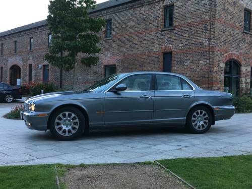 2004 Jaguar XJ6 3.O litre V6 Automatic Low Mileage For Sale (picture 2 of 6)
