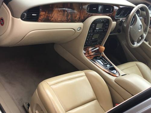 2004 Jaguar XJ6 3.O litre V6 Automatic Low Mileage For Sale (picture 6 of 6)