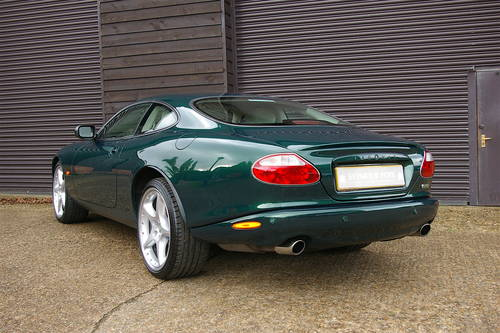 2003 Jaguar XKR 4.2 V8 Coupe Automatic (44,392 miles) SOLD (picture 3 of 6)