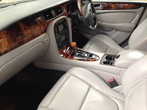 2004 Jaguar XJ8 3.5SE. 77000 Mls. FSH. Immaculate. For Sale (picture 4 of 6)