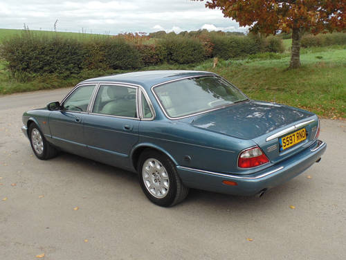 1998 Jaguar XJ V8 Sovereign LWB with LPG SOLD (picture 3 of 6)