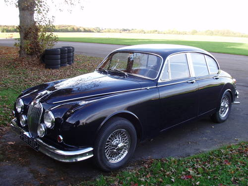 1966 Jaguar MkII 2.4 saloon MOD For Sale (picture 1 of 6)