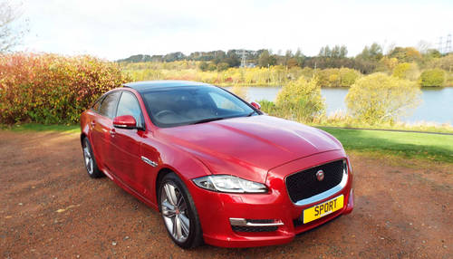 2015 Jaguar XJ 300R Sport - very low miles 2016 model For Sale (picture 2 of 6)