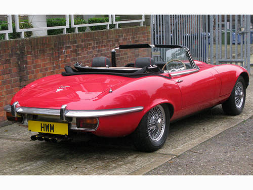 1971 JAGUAR 'E' TYPE ROADSTER SPECIFICATION (SIGNAL RED) For Sale (picture 3 of 6)