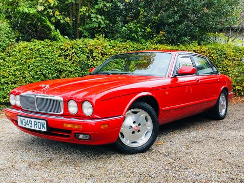 1994 X300 XJ SPORT XJ6 AUTO - SIGNAL RED - LOW MILEAGE  SOLD (picture 1 of 6)