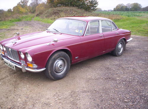 1973 series 1 xj6 2.8 12 months mot just been recommisioned SOLD (picture 1 of 6)