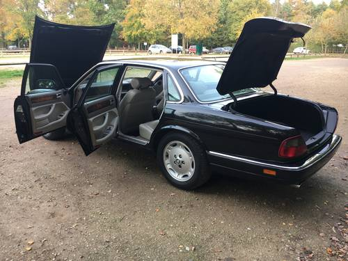 1997 Jaguar XJ6 Executive 66k with FMDSH Immaculate Condition For Sale (picture 5 of 6)