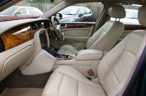 2003 Stunning 4.2 Supercharged Jaguar XJR For Sale (picture 5 of 6)
