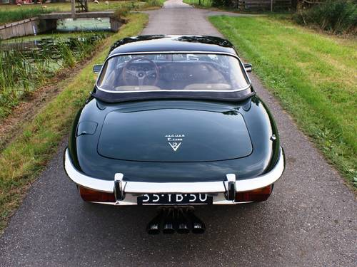 1974 Jaguar E-Type Series III V12 OTS with hard top For Sale (picture 3 of 6)
