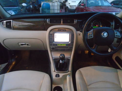 2008 58 PLATE DIESEL JAGUAR X TYPE IN BLACK MOTED JUNE SMART For Sale (picture 4 of 6)