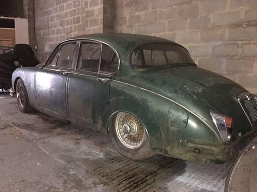 jaguar mk2 2.4 manual restoration project - 1 former keeper SOLD (picture 2 of 5)