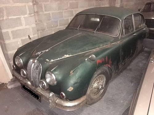 jaguar mk2 2.4 manual restoration project - 1 former keeper SOLD (picture 3 of 5)