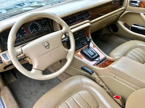 1995 Jaguar - XJ6 3.2 Automatic FULL JAGUAR SERVICE SOLD (picture 3 of 6)