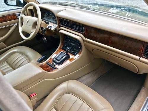1995 Jaguar - XJ6 3.2 Automatic FULL JAGUAR SERVICE SOLD (picture 4 of 6)