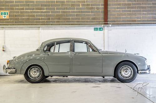 1960 Jaguar MKII 2.4 Manual with Overdrive For Sale (picture 2 of 4)