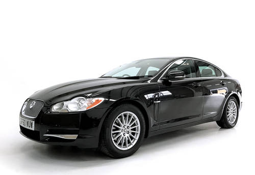 2010 Jaguar XF V6 Luxury petrol mega low miles SOLD (picture 1 of 6)