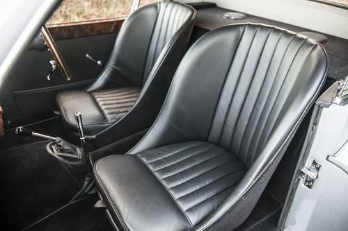 1951 Jaguar XK120 FHC SOLD (picture 4 of 6)