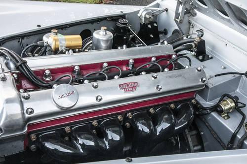 1951 Jaguar XK120 FHC SOLD (picture 5 of 6)
