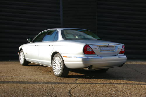2006 Jaguar XJ 2.7 TDVi Sovereign Saloon Auto (69,004 miles) SOLD (picture 3 of 6)